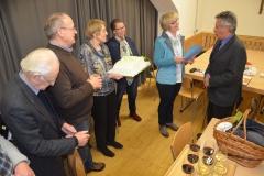 Krippenfreunde-feiern-gerne-Gratulation-zum-70er-Helmut-Pasch-2